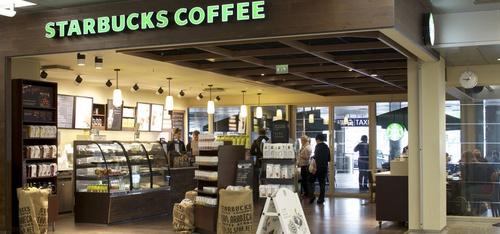 Starbucks Coffee Helsinki-Vantaan lentokenttä terminaali 2 saapuvien aula 2B