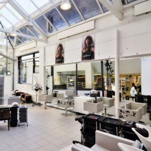 M&N Image Hair parturi-kampaamo ja kauneushoitola Helsinki