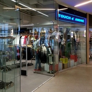 Touch d' André vaatekauppa Kauppakeskus Itis Helsinki