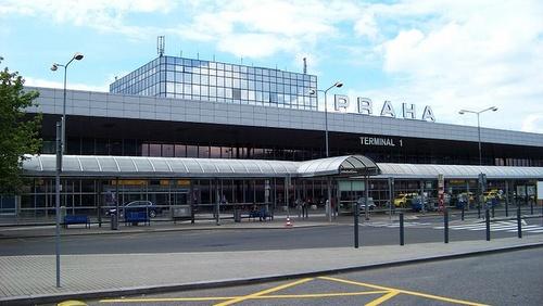 Prahan lentoasema terminaali 1