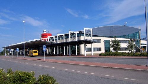 Tampere-Pirkkalan lentokenttä