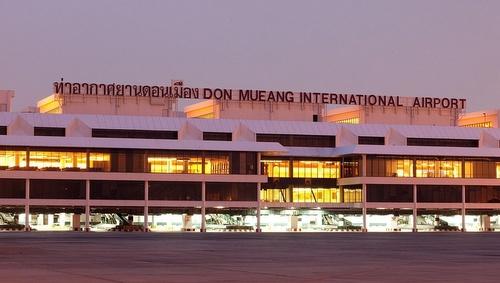 Don Mueangin lentokenttä