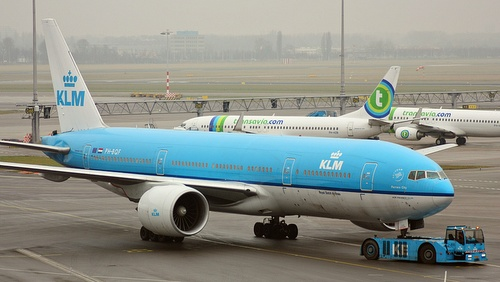 KLM Boeing 777-200 lentokone Amsterdam-Schiphol lentokenttä