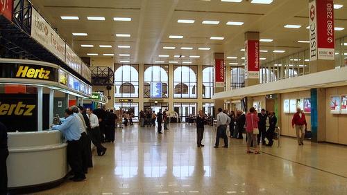 Maltan lentoasema saapumishalli