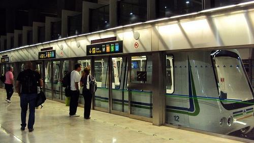 Sukkulajuna Madridin lentokenttä