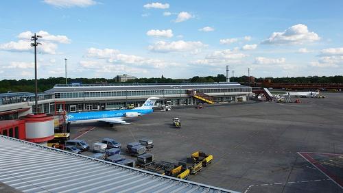 Tegelin lentoasema terminaali D