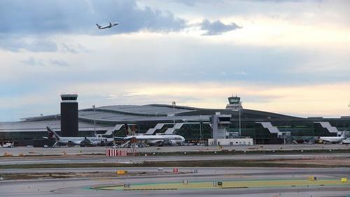 Terminaali 1 Barcelona El Prat lentokenttä