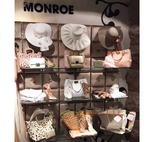 Monroe World asusteet Tukholma