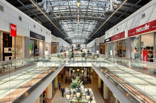 Frantsuzskiy Bulvar ostoskeskus Pietari Venäjä.