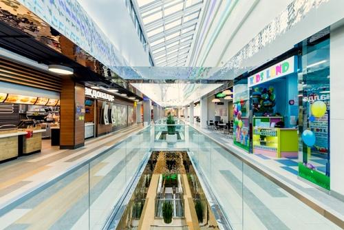 5 Ozer ostoskeskus Pietari Venäjä.