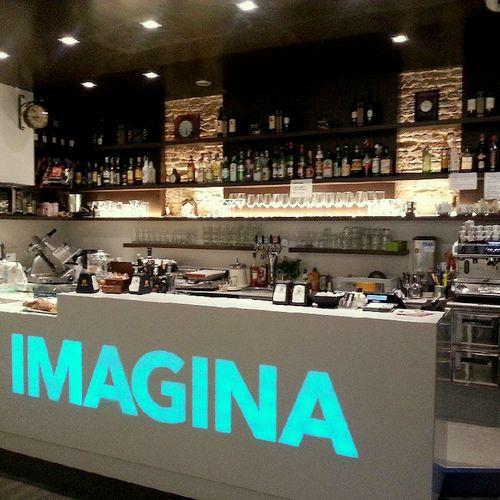 Imagina Cafe Wine Bar & Art Gallery in Venice, Italy.