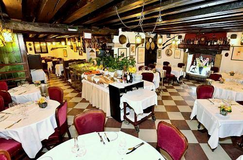 Ristorante Do Forni restaurant in Venice, Italy.