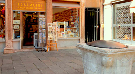 Testolini Belle Arti store in Venice, Italy.