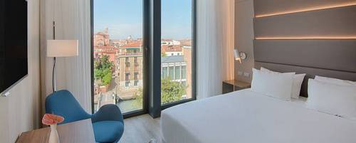 Hotel NH Venezia Rio Novo's guest room in Venice, Italy.